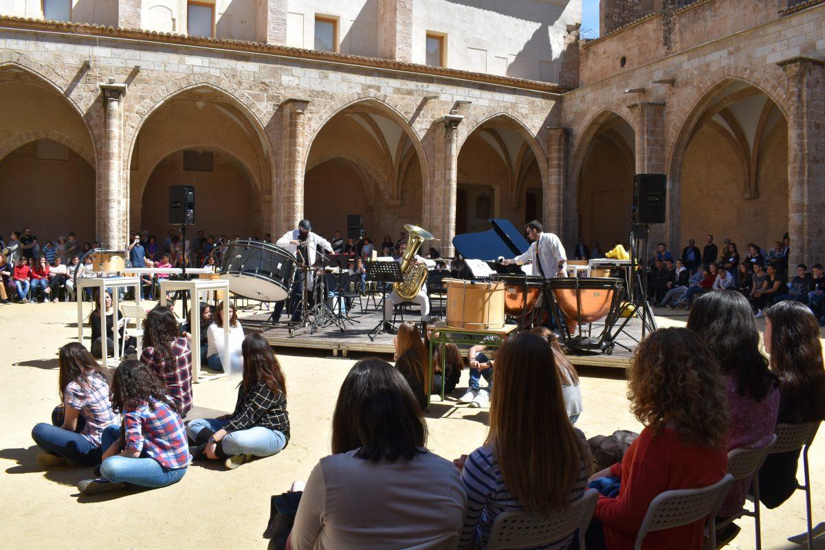 Cerca Sonora ENSEMS. Participa el Grup Instrumental 360. Ateneu Cultural Ciutat de Manises.