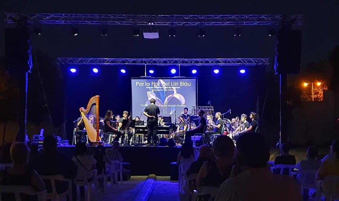 Concierto realizado por la Orquesta de Viento